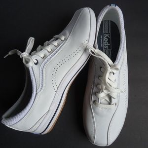 SIZE 11.Keds White Leather Sneakers/Tennis Shoes